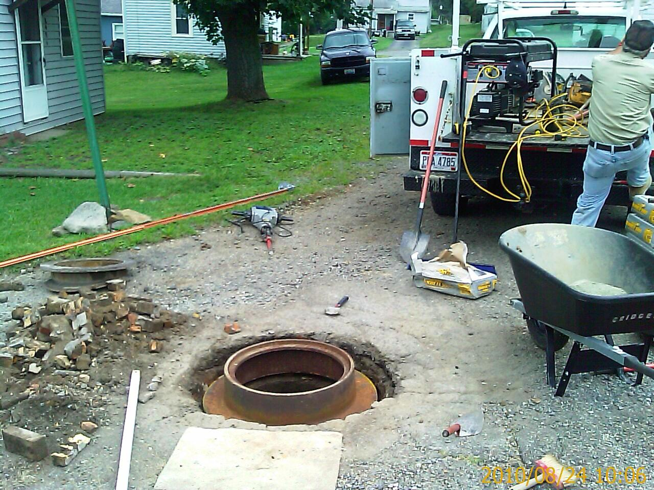 Concrete Manhole Repairs In Mineral City